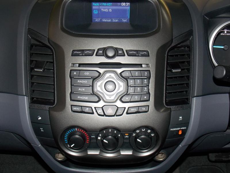 Ford Ranger 3.2 D Xlt 4X4 D/cab At Image 8
