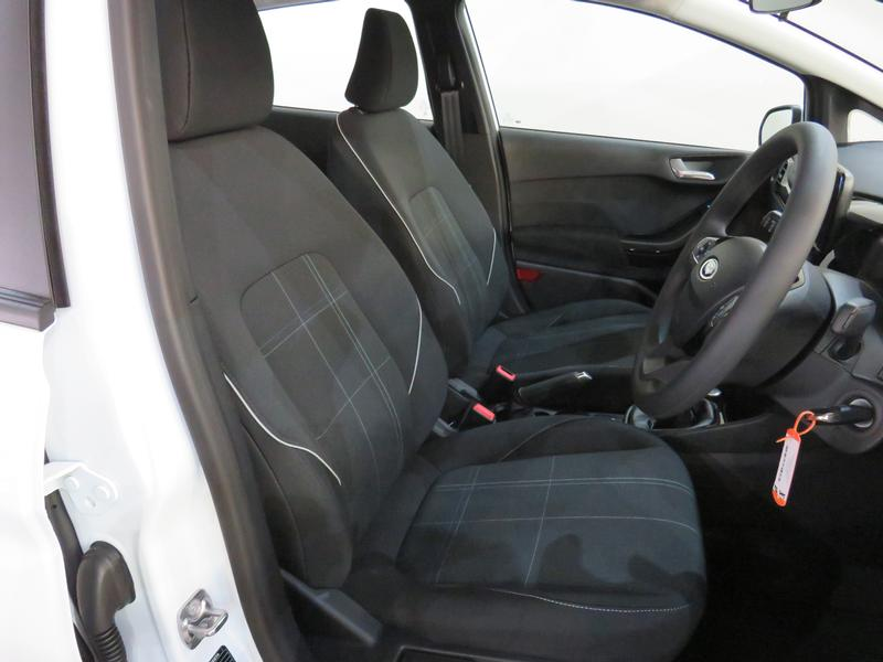 Ford Fiesta 1.5 Tdci Trend Image 8