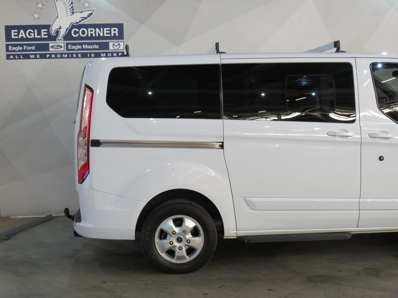 Ford Tourneo Custom 2.2 Tdci Swb Ltd Image 5
