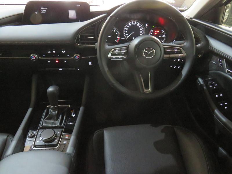 Mazda 3 2.0 Astina 4-Door At Image 13