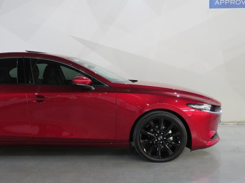 Mazda 3 2.0 Astina 4-Door At Image 4