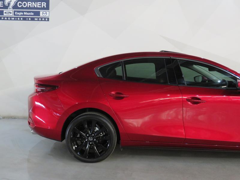Mazda 3 2.0 Astina 4-Door At Image 5