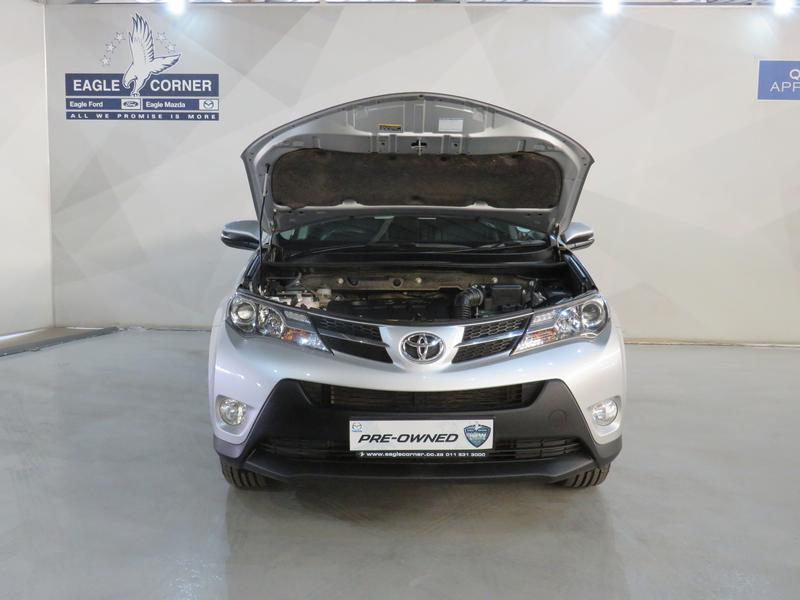 Toyota Rav4 2.0 Gx 4X2 Image 17