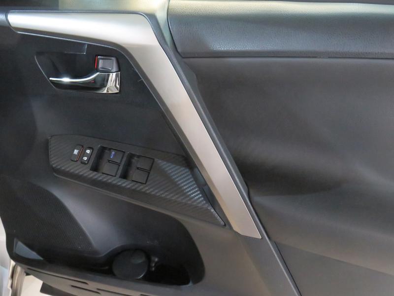Toyota Rav4 2.0 Gx 4X2 Image 6