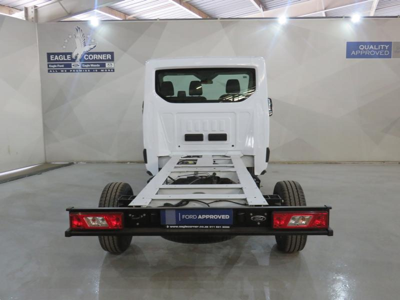 Ford Transit 2.2 Tdci Chassis Cab 330 Mwb Image 14
